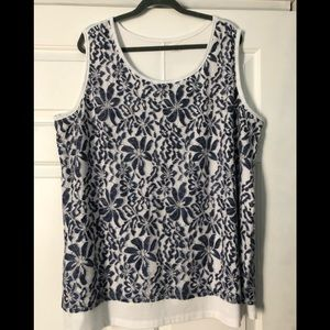 Catherines Top sz. 3x white w/ blue lace overlay